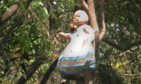 Mexico's Island of Dolls (Image: Thomas Rees)