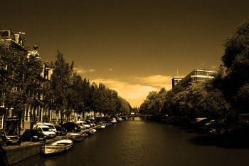 canal_sepia