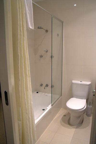 miss maud bathroom