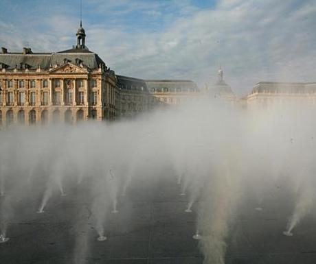 The Place de la Bourse and the Miroir dEau
