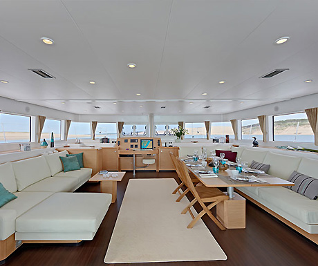 Top 5 ultimate sailing adventures on luxury sailboats_Cruises