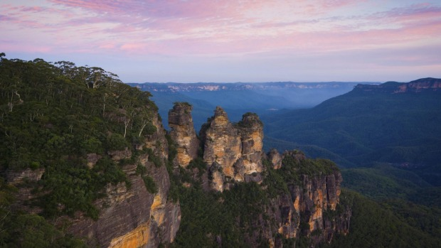 A Blue Mountains must do: Meehni, Wimlah and Gunnedoo – more famously known as the Three Sisters