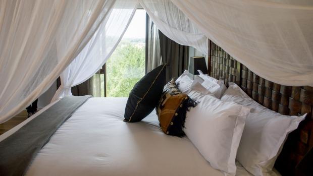 Jamala Wildlife Lodge: A room in the Ushaka Lodge.